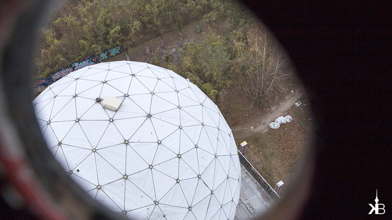 Berlin Teufelsberg Field Station | Behinde-the-hole