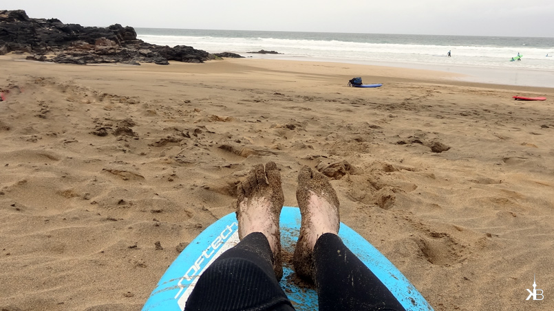 exhausted but happy after my surf lesson in Fuerteventura | kleppiberlin.de