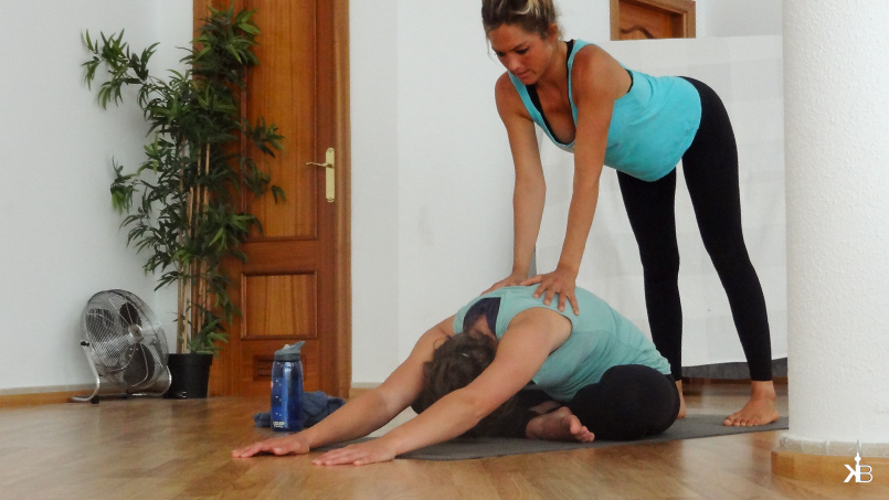 yoga lessons with Anna at fresh surf guarantee pain relief | kleppiberlin.de
