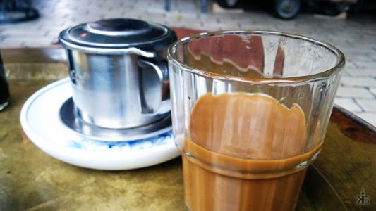 vietnames coffee ready to drink at QUÀ PHÊ